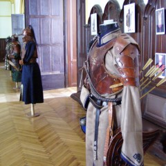 A kiállítás viseletei