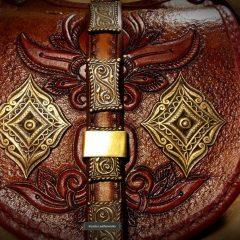Egyedi Palmettás motívumokkal díszített,veretes Női táska