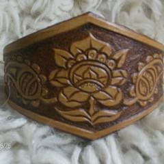 Faragott barna karkötő,Kalocsai Rózsával