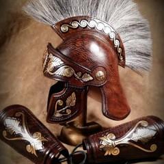 Római stílusú bőrsisak